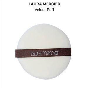 Laura Mercier Velour Puff. New